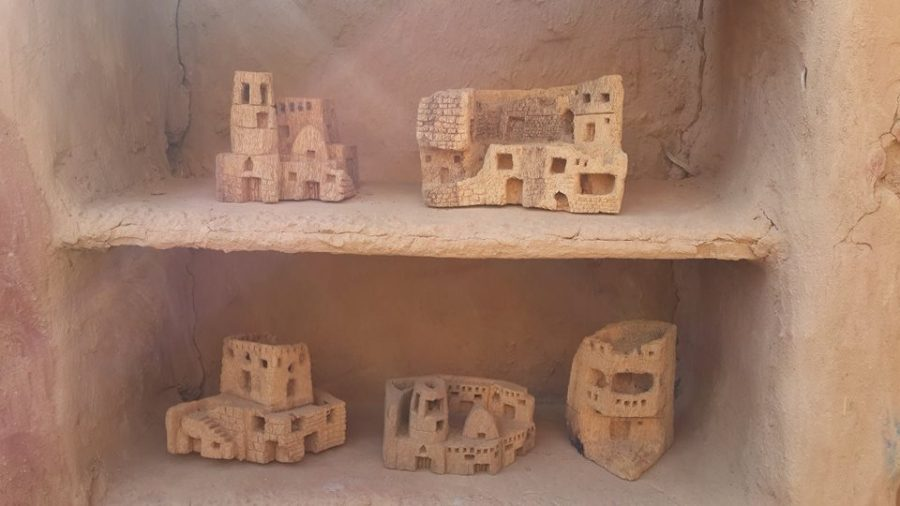 Souvenirs made of palm tree trunks